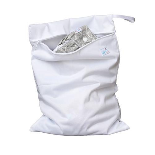 Wetbag en vandtæt pose til opbevaring af stofbleer, stofklude eller stofbind.